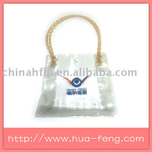 clear vinyl pvc zipper bags with handles and printed logo on front side use for handing samll gifts(China (Mainland))