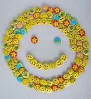 2.5cm Smiley Face Fashion Badges set of 102pc lot F0