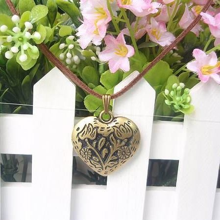 Free shipping fashion very beautiful heart necklace 50pcs/lot place order get gift(China (Mainland))