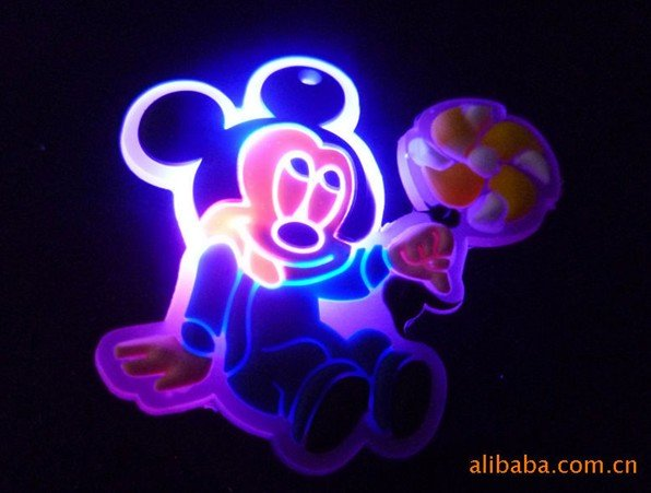 LED novelty gift for children, Party props,luminous Mickey Mouse toys wholesale, LED costume brooch 30PCS(China (Mainland))