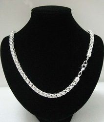 925 sterling silver chain necklace.silver necklace.necklace.925 silver jewelry.necklace chain.Free shipping wholesale price.(China (Mainland))