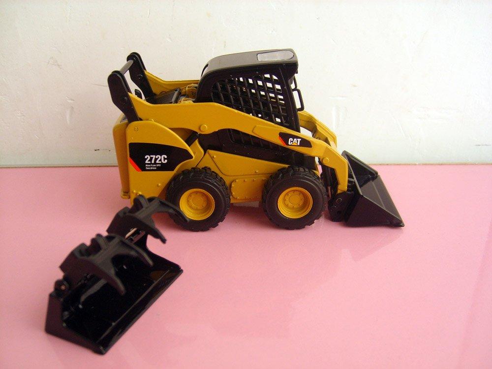 N-55167 1:32 CAT 272C Skid Steer Loader toy(China (Mainland))