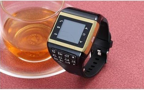 Q5 Watch phone Single Card Quad Band Bluetooth 1.33 inch Touch Screen Multi-function Watch Phone 5pcs/lots free shipping(China (Mainland))