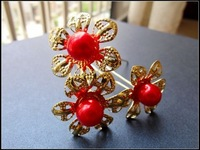 Wholesale price high quality Bridal girl or lady Red Golden flower shape hair pins little imitation pearl hairpins
