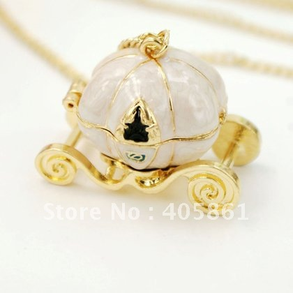 Free Shipping~Elegant Belle Gold Plated Openable Jalopy Pendant Necklace,Jalopy Size 2.5*4cm.dx40(China (Mainland))