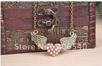 Retro cute LOVE heart angle wings necklace free ship