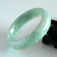 Free Shipping Jade Moist and delicate white bracelet 22