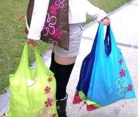 Hot Sale Strawberry shaped folding shopping bags  portable bag environmental protection fast shipping 40pcs/lot
