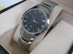 The tungsten steel popular man watch ultra-thin male table sapphire mirror waterproof and scrape
