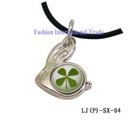 Hot sale,Free shipping,real four leaf clover necklae fashion jewelry pendant cute rabbit-like  pendant +free gift box