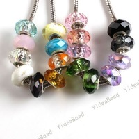 Wholesale - 50pcs New Mixed Crystal Bead Charms Beads Fit Bracelets 150079
