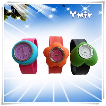 Free shipping 28pcs latest silicone silicone quartz kid watch