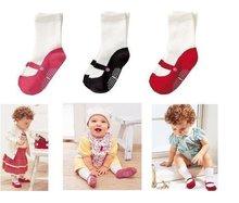 girls wearing black socks reviews