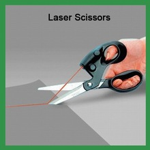 free shipping Funny Sewing Laser Guide Fabric Scissors Cuts Straight Fast Laser Scissors laser forfex LS-2601(China (Mainland))