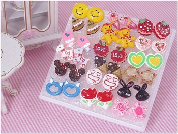 FREE SHIPPING Wholesale Lot of 18 Pairs for Girl Women Lady Color Colored Cute Fashion Studs Stud Earrings