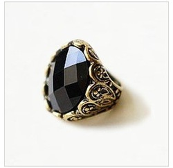 R0368 Vintage jewelry Ancient Mysteriou Style Black Stone Brass Rings for women A(China (Mainland))