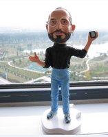 New Steve Jobs resin figurine figure doll free shipping 18cm cellphone on left hand