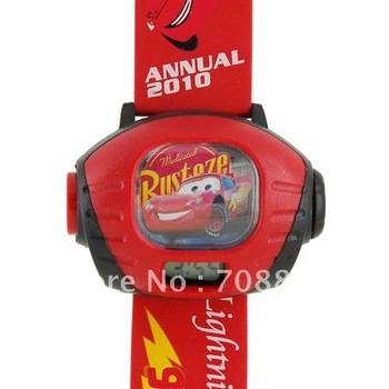 Cute Lightning Mc Queen 95 Kid Cartoon Digital Time Projector Watch -Red