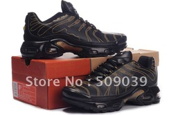NEW mens sports sneakers Size:41-46 more color and style can choice Free shipping(China (Mainland))
