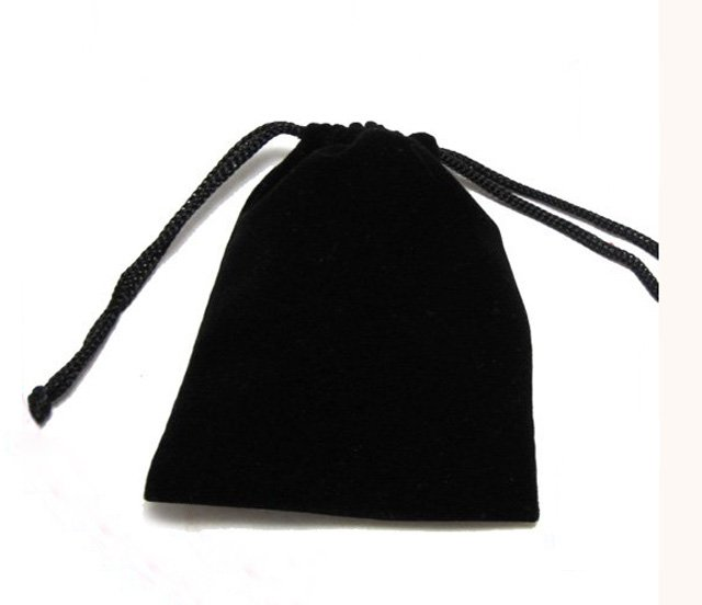 100pcs Black Velvet Bags Charpie &amp;f lannel &amp; gift &amp; packing bag 100mm x 86mm(China (Mainland))
