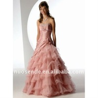 Plus size wedding dress rentals in las vegas for Wedding dresses for rent las vegas