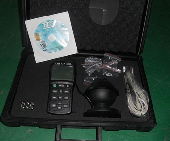 TES-133 Light Meter Luminous Flux Meter