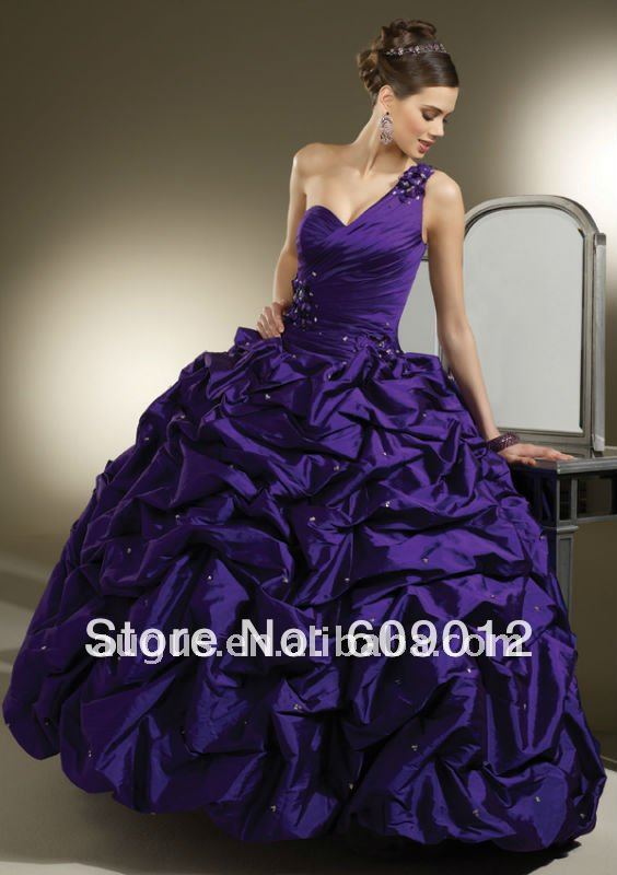 15 Anera Dresses http://www.aliexpress.com/item/AQB065-Elegant-Purple-Taffeta-Multi-Function-Quinceanera-Prom-Dress/538172604.html