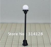 1:100 5 cm model street lamp T4 black