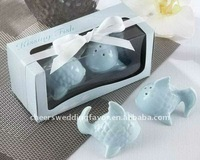 wedding favor--Kissing Fish Ceramic Salt & Pepper Shakers