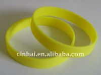 blank Silicon Wristbands with customized logo on band