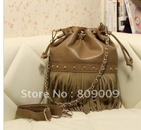T216 * 2011 qiu dong han rope chain smoking new rivet the female bag skin.such tassel portable inclined shoulder bag bag