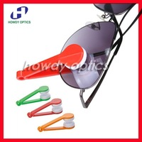 12pcs/lot Portable handle spectacle clean wipe glasses eyeglass cleaner