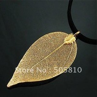 Whole sale - Free Shipping - Antique style golden gilding leaf charms necklaces earrings pendant w/ Chain 025