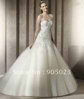 wholesales 2012 A-line embroidery white organza wedding dress gown