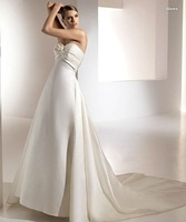 Free shipping 2012new style simple  A-line  pleating  taffeta  wedding dress/backless sexy bridal dress