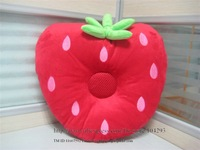 Hot sell Christmas gift Free shipping 5pcs/lot red strawberry speaker pillow
