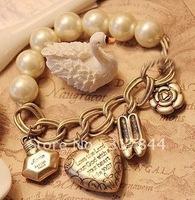 Fashion retro heart charm bracelet
