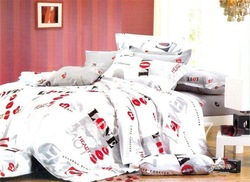 4pcs Queen bed linen Quality Cotton red black white love modern pattern printed duvet quilt covers bed in a bag sets with sheets(China (Mainland))
