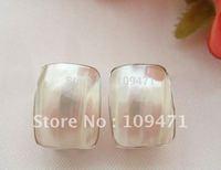 12x16mm White Mabe Pearl Earring-18k Hook