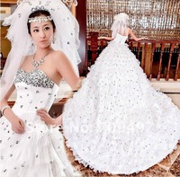 2012 newest boutique wedding peacock wedding dress trailing princess diamond wedding Peng