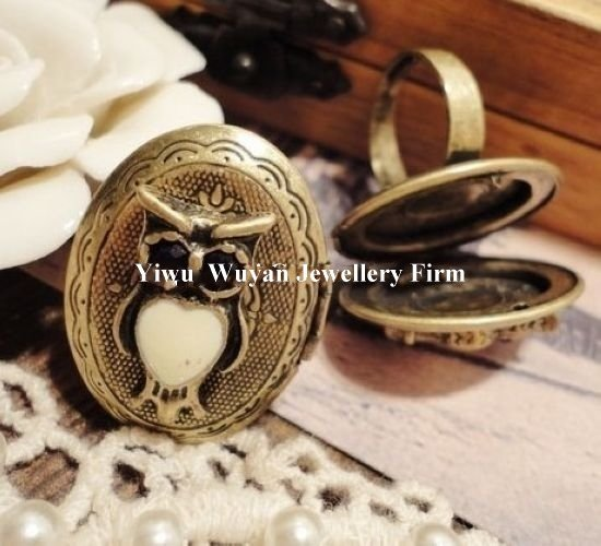 Min.order is $15 (mix order)Fashion antique retro vintage jewelry box ring with opening Hot Sell(China (Mainland))