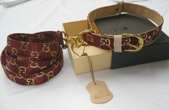 designer dog collar+leash set,name brand pet leash set with original ...: http://www.aliexpress.com/item/designer-dog-collar-leash-set-name-brand-pet-leash-set-with-original-box-check-printed-dog/525005358.html#!
