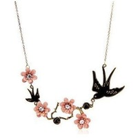 12# Fashion  new 2014 Swallow Disport Flowers Lucky Necklace Pendant Nice Good and New