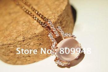 Fashion And Elegant Cat's Eye Necklace + Free Shipping