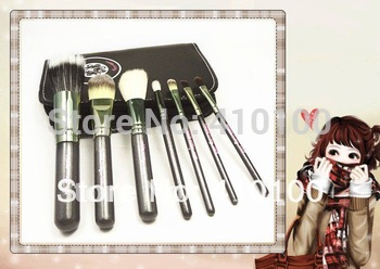 BH08 New hello kitty 7 pieces professional makeup brush cosmetic brush 1 Set
