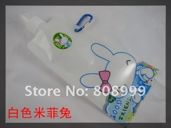 Free shipping wholesales cartoon Foldable water bottle for outdoor / water bag/bottle with Carabiner holder ,480ML