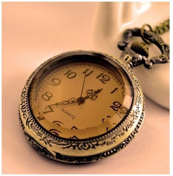 HOT!!! VALENTINE NEW ANTIQUE TEA COLOR CRYSTAL WOMAN NECKLACE WATCH