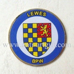 Free shipping,football clup badge,metal badge,offset printing pins,factory direct price(China (Mainland))