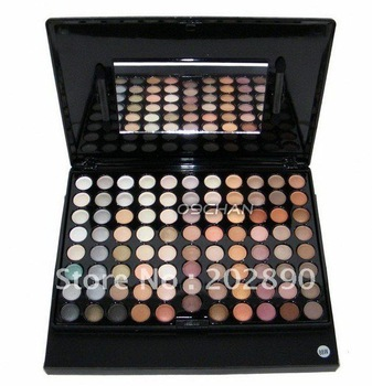 Wholesale Pro W 88colors Matte Color Eye Shadow  Neutral Nude Eyeshadow Palette Gift  MAKE UP Blusher Makeup Eyeshadow