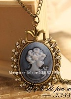 NEW Beautiful! Vintage Cameo Lady head Necklace